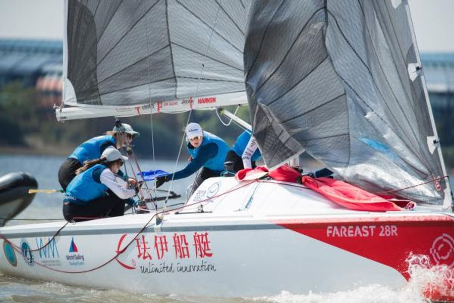 Courtois Wins the WIM Series in Shanghai for France