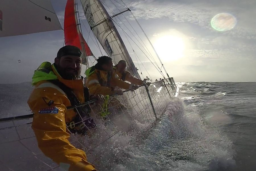 Clipper Race: Ha Long Bay Viet Nam has relinquished the lead to Qingdao