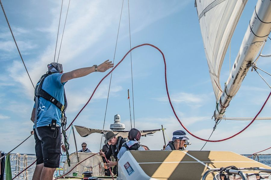 Clipper Race approaches the Doldrums Corridor: calm  with windless waters. Or is it?