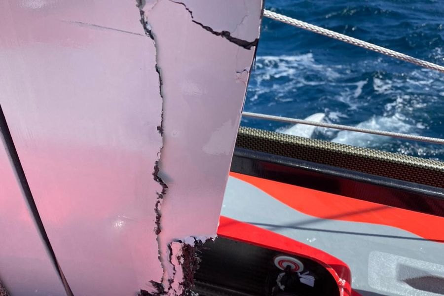 Vendee Globe competitor ARKEA PAPREC hits OFNI and damages starboard foil and casing