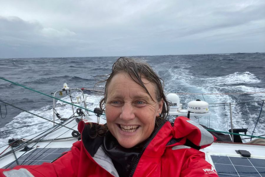 Under 800 miles to go, the Vendee Globe race goes on