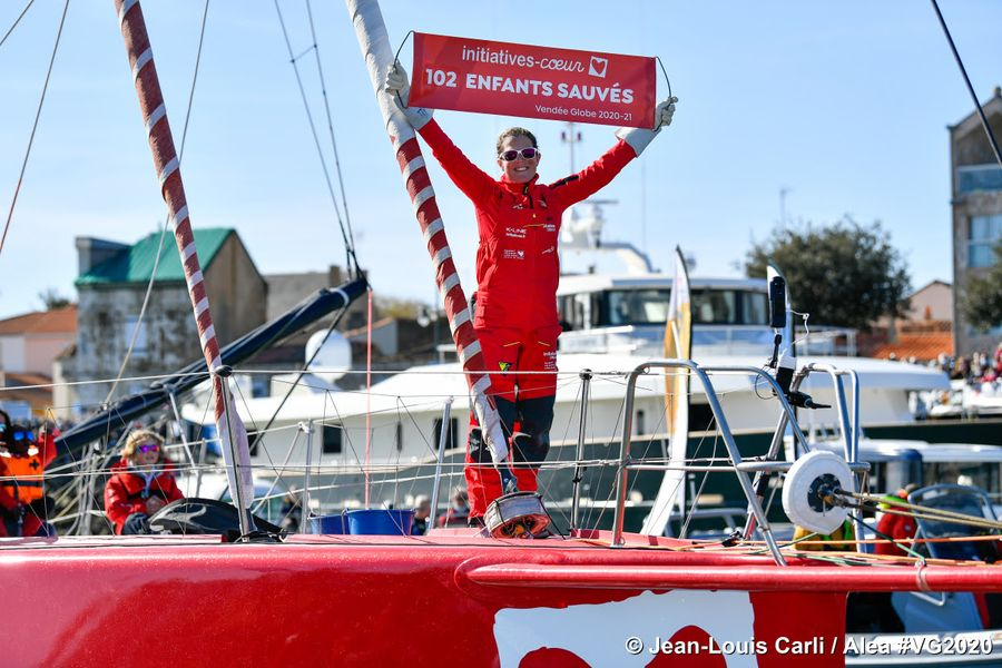 Sam Davies Completes Solo Vendée Globe Route Outside The Race