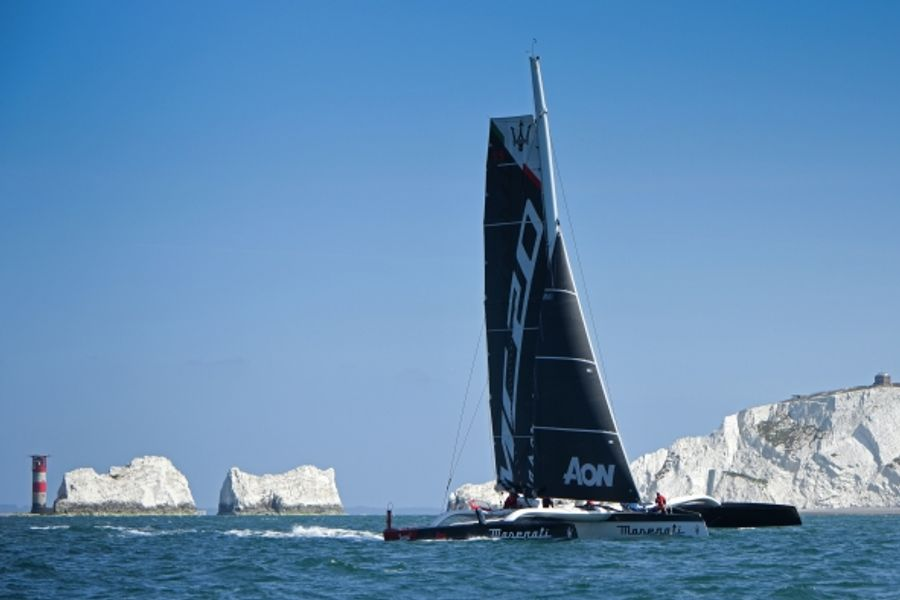 Giovanni Soldini and Maserati Multi 70 set new Channel record